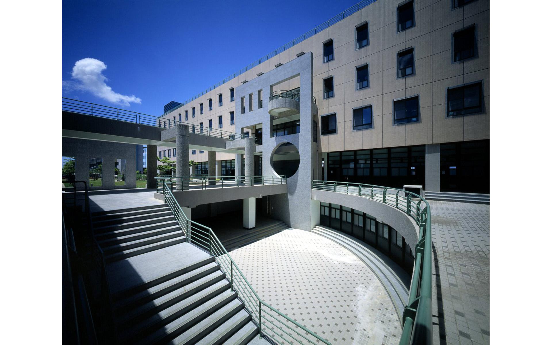 高雄大學工學院