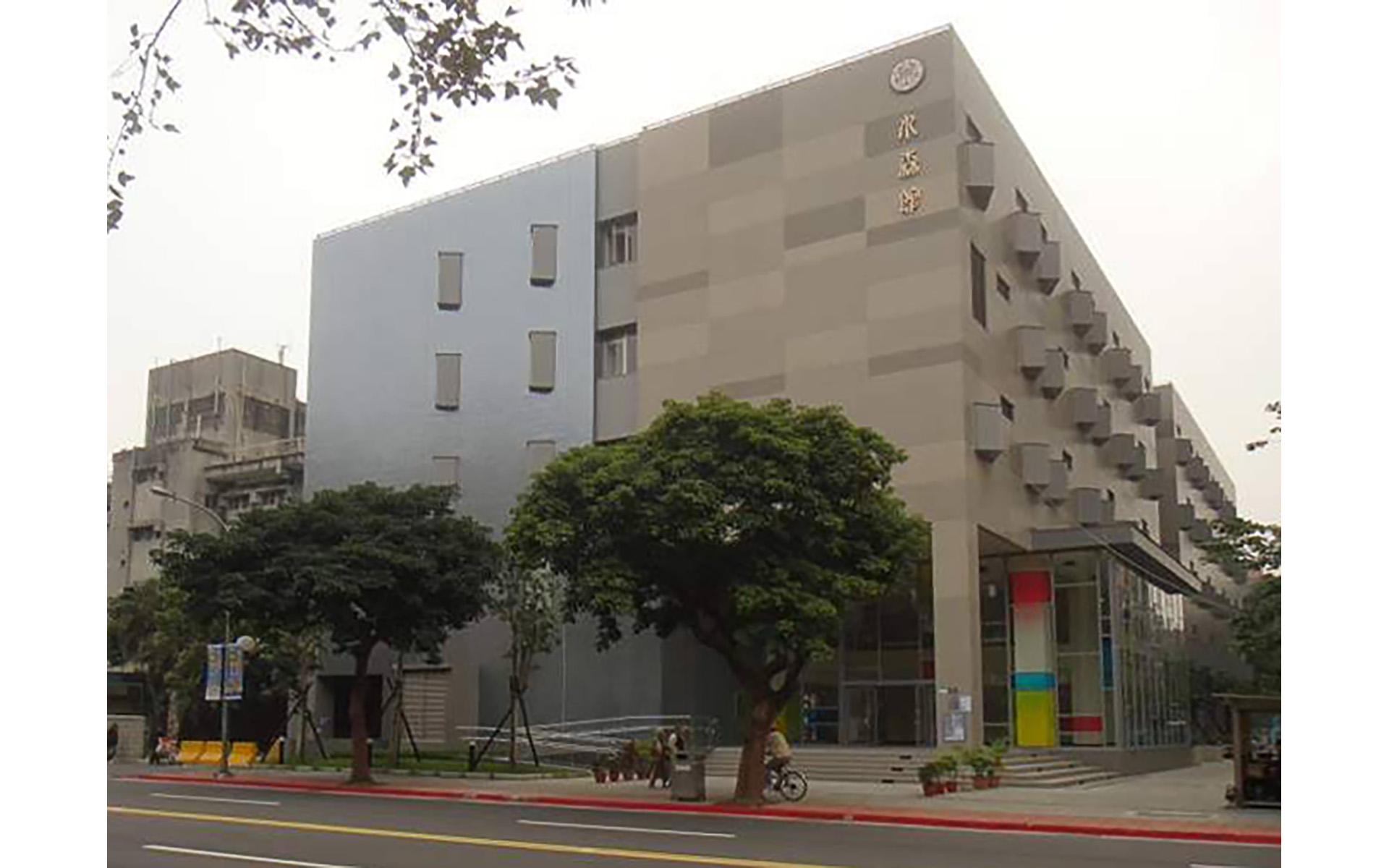 台北台灣大學藥學館