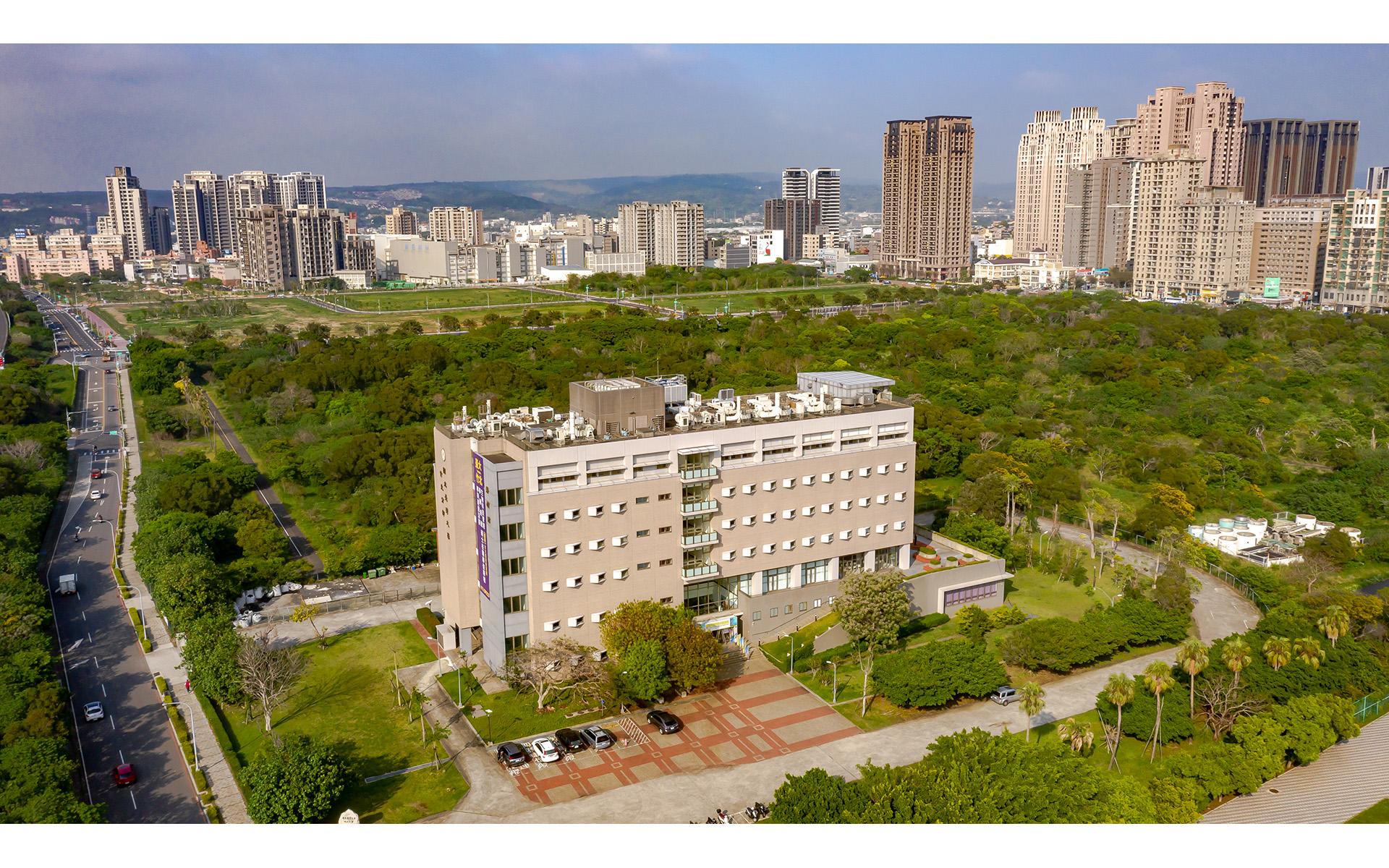 竹北台灣大學產學合作大樓