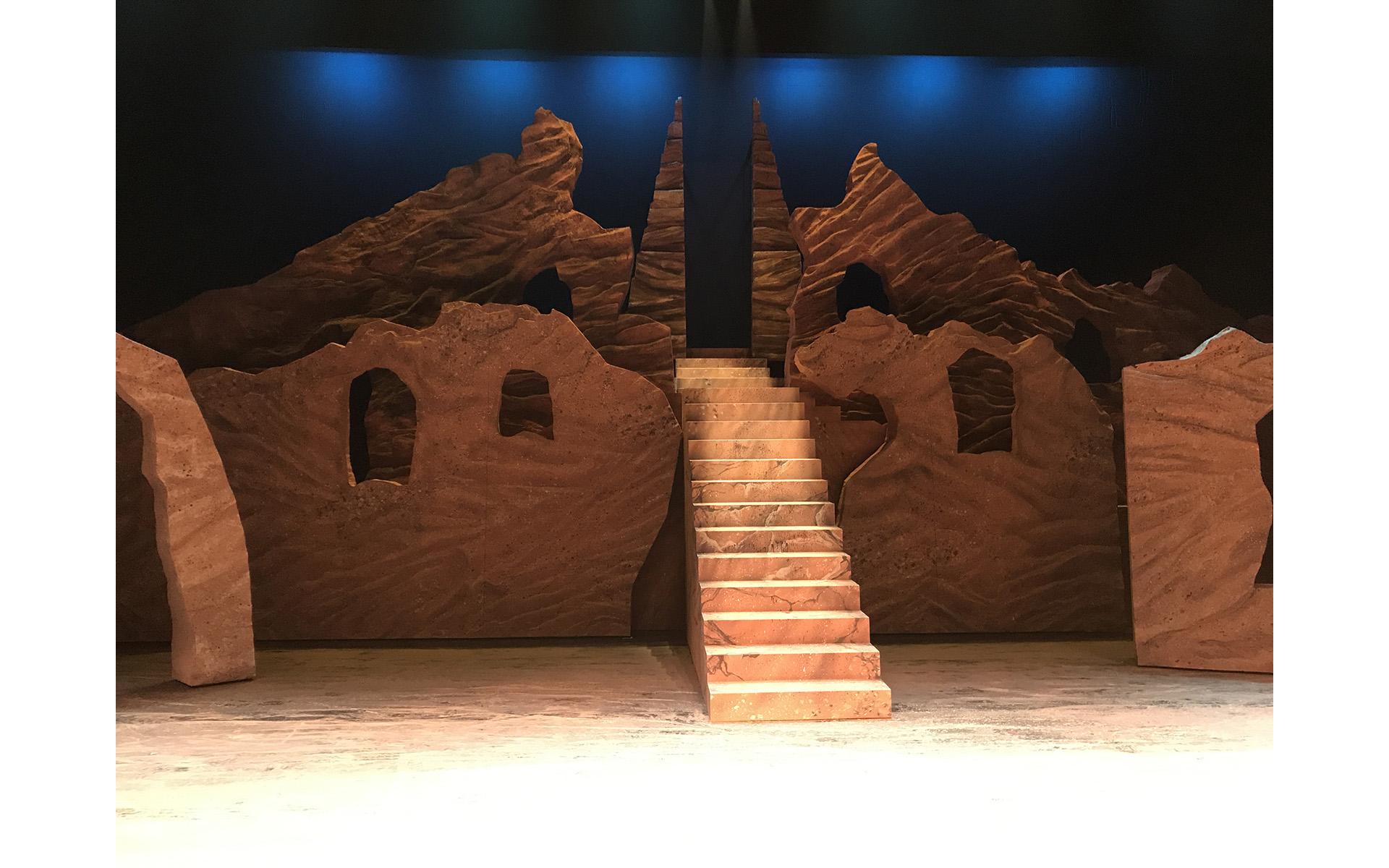 樓蘭女舞台設計